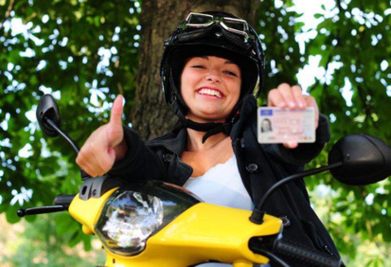 Aktuelle Führerscheinklassen, Fahrschule Aschaffenburg, Ausbildung Führerschein, Fahren-Lernen-Aschaffenburg, Ausbildung-Schnellkurs-Führerschein