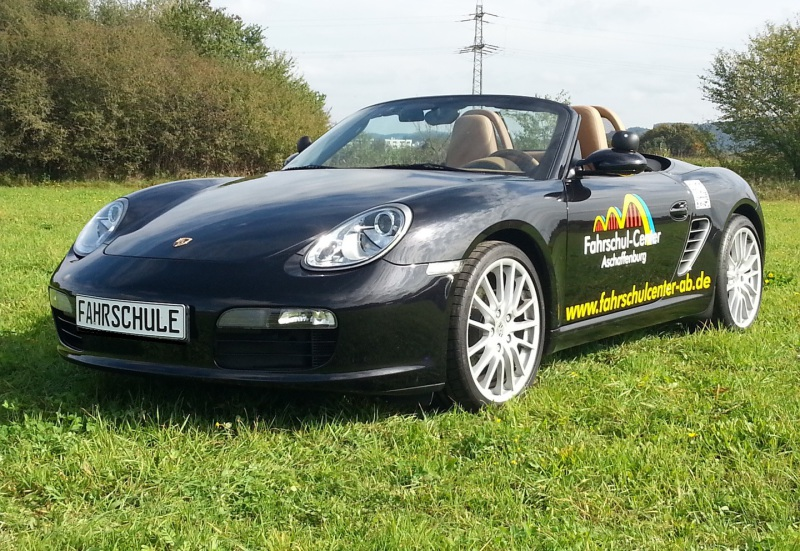 PKW-Führerschein, Autoführerschein Aschaffenburg, Kosten Führerschein, Fahren-Lernen-in-Aschaffenburg, Fahrstunde auf Porsche
